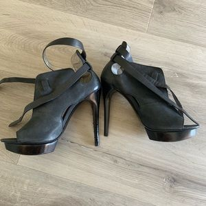 People Moda ankle booties